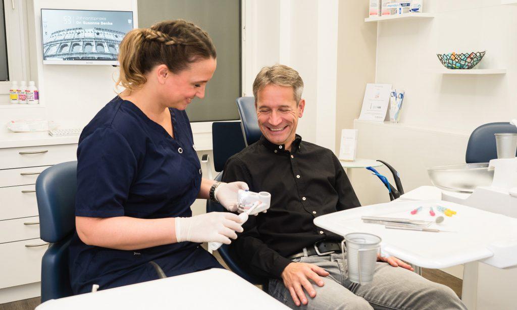 Zahnarztpraxis Berlin Kreuzberg - ausführliche und fundierte Beratung