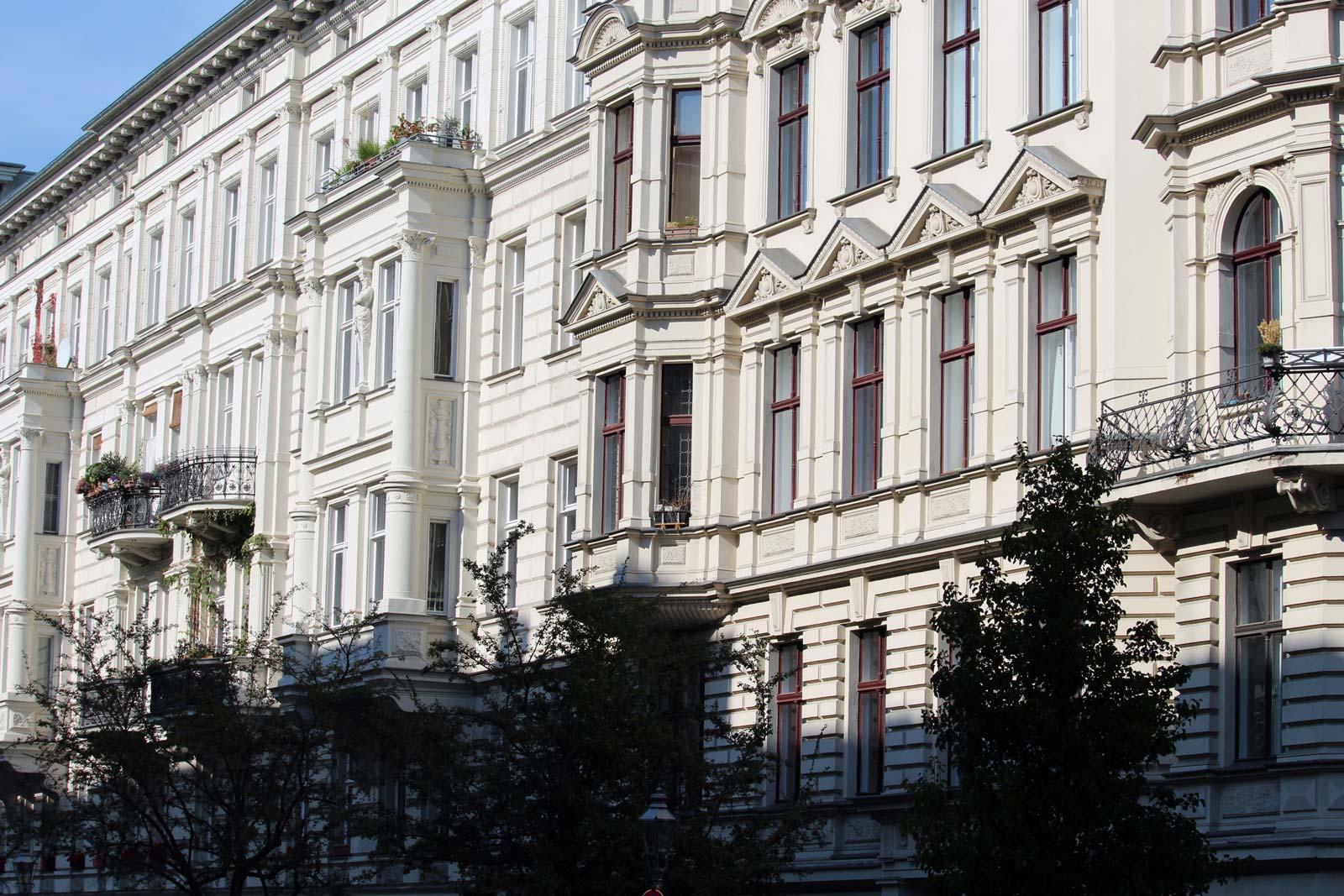 In der Nähe von Bergmannkiez, Viktoriapark, Mehringdamm, Großbeerenstraße, Yorckstraße, Gneisenaustraße, Bergmannstraße, Möckernstraße, Kreuzbergstraße, Katzbachstraße.